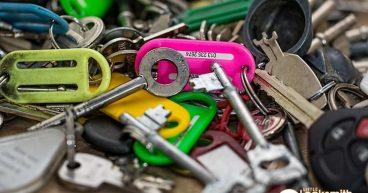 Locksmith-Singapore-Charge-Little-Locksmith-Singapore_wm