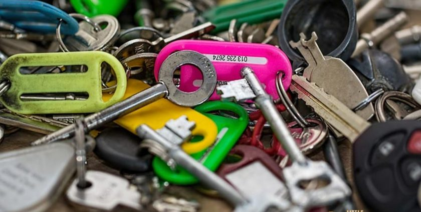 Locksmith-Singapore-Charge-Little-Locksmith-Singapore_wm