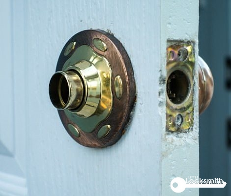 door-repair-service-door-lock-replacement-little-locksmith-singapore