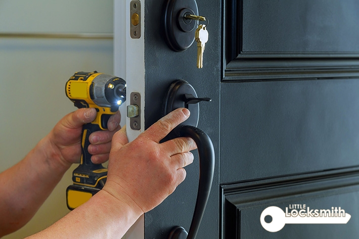 What are the different kinds of services that are provided by a locksmith company little locksmith singapore_wm