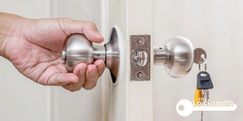 What is an emergency locksmith little locksmith services singapore_wm