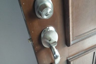 replace-door-lock-set-singapore-hdb-redhill-little-locksmith-singapore_wm