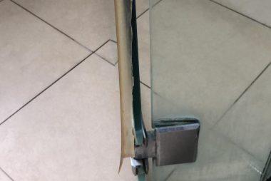 shower-glass-door-hinge-repair-singapore-condo-jalan-pasir-ria-after-pic-little-locksmith-singapore_wm