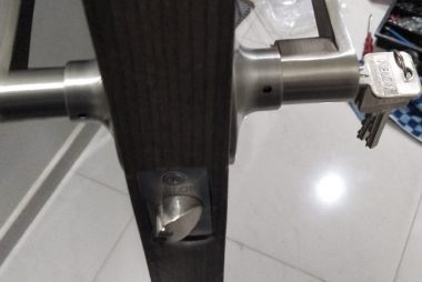 door-handle-replacement-singapore-hdb-punggol-1_wm