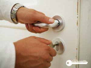 door-lock-installation-door-handle-accessibility-little-locksmith-singapore