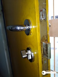 door-lock-set-and-handle=replacement-singapore-hdb-jurong-1_wm