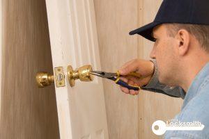 repairing-home-door-lock-services-locksmith-singapore_wm