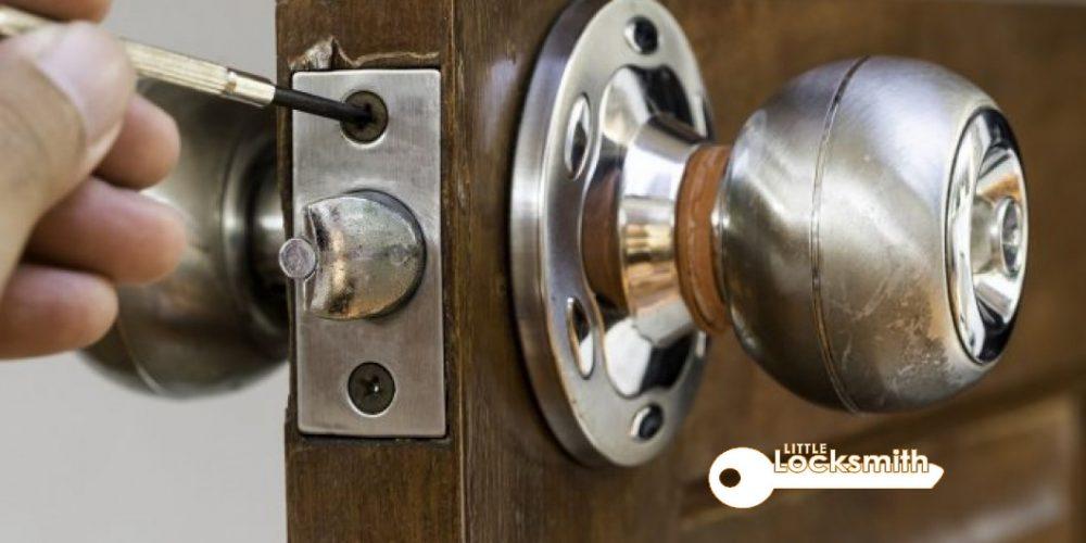 Lock-Repair-Singapore-Little-Locksmith-Singapore_wm