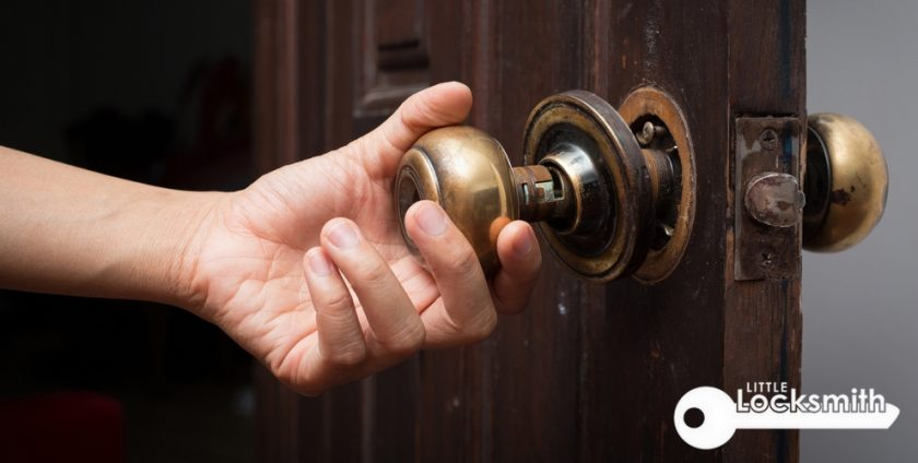 old-door-knob-and-lock-replacement-little-locksmith-singapore