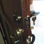 door-lock-set-replacement-singapore-landed-serangoon-2-little-locksmith-singapore_wm