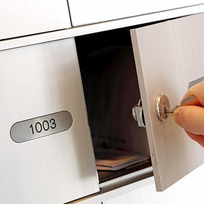 Repalce letterbox key hole lock services locksmith singapore