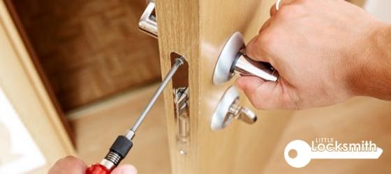 residential-locksmith-services-singapore_wm