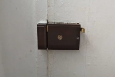 main-door-lock-latch-replacement-locksmith-singapore-condo-nassim-hill-2
